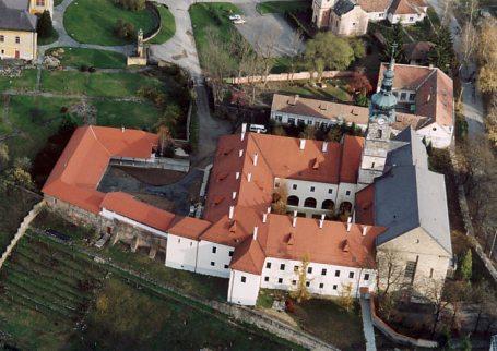 franciscan-convent-szecseny