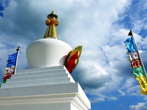 stupas-in-hungary-becske